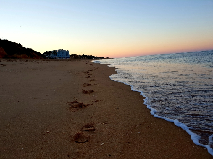 Sunrise, sunrise on beach, footprints in sand, ocean, beach, pretty, Portugal, Algarve, 4freckled faces
